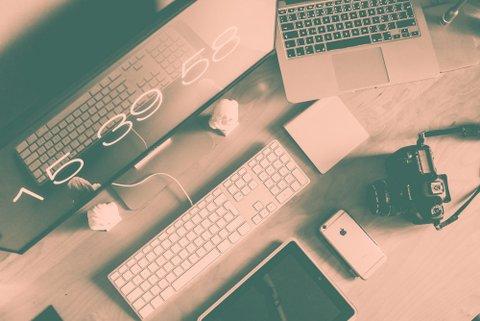 photographer-designer-office-workspace-setup-from-above-picjumbo-com